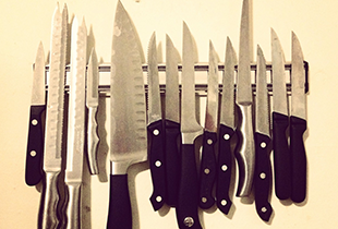 Protecting your knives, Cleaning your knives, Wood cutting boards, Walnut cutting boards